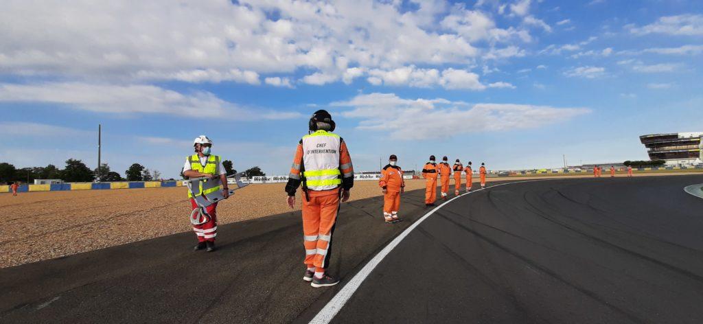 Retour en poste après l'inspection d'ouverture de piste