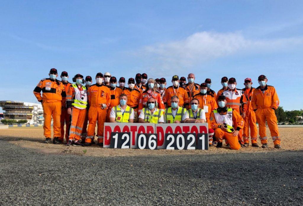 24H Motos : secouristes et commissaires du P11